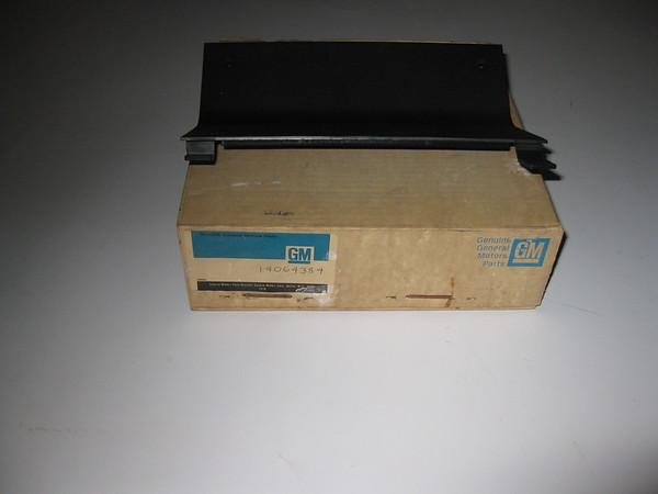 1984 85 86 87 88 1989 Chevrolet Camaro NOS front floor console plate # 14064384
