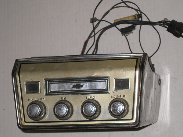 1967 1968 Chevelle Chrvrolet full size Corvair 8 track tape player # 70300481