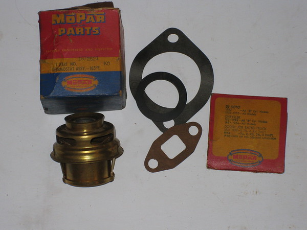 1940 41 42 46 47 48 49 1950 Chrysler Desoto Dodge Plymouth NOS 160 degree thermostat # 1672621