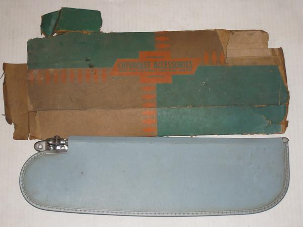 1958 Chevrolet Del Ray NOS RH sun visor # 987905