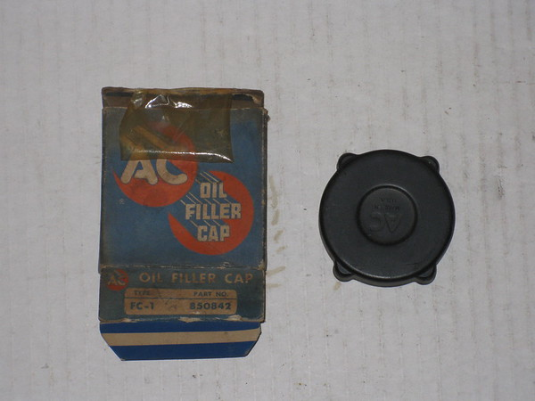 1931 thru 1954 Chevrolet GMC NOS oil filler cap # 850842