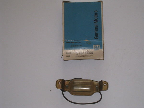 1966 67 68 69 70 71 72 1973 Chevelle Chevrolet full size models NOS license lamp assembly # 911556