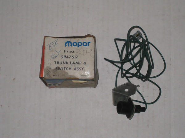 1970 71 72 73 74 1975 Chrysler Dodge Plymouth NOS trunk lamp assembly # 2947517