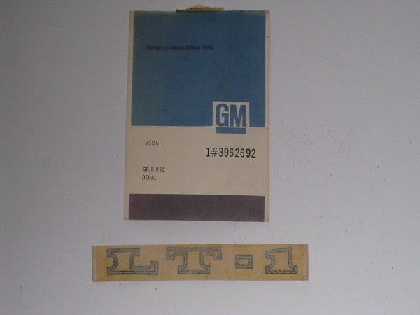 1970 1971 1972 Chevrolet Corvette NOS LT1 hood decal # 3962962
