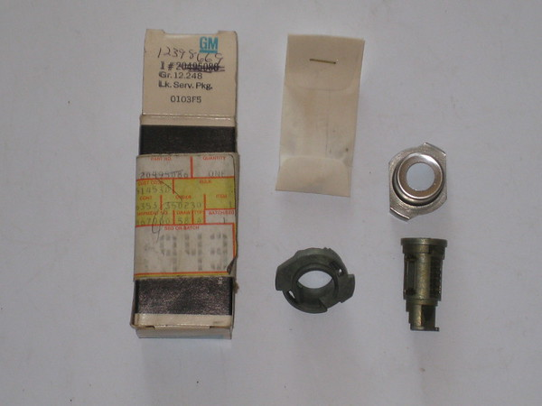1984 1985 1986 1987 1988 Pontiac Fiero NOS rear hatch lock kit # 12398669