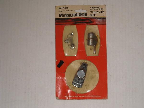1961 thru 1972 Mopar NOS tune up kit 6 & 8 cyl # dkc-30