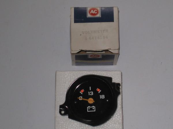 1979 80 81 82 83 84 85 86 87 88 89 Chevrolet truck blazer NOS voltmeter # 6474584