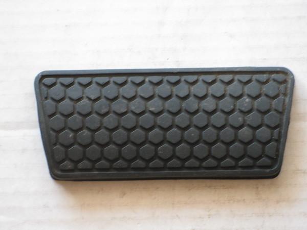 1982 84 86 88 1990 92 Camaro Firebird NOS automatic brake pedal rubber pad # 14038654