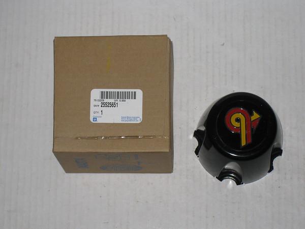 1986 1987 Buick Grand National NOS wheel center cap # 25525651