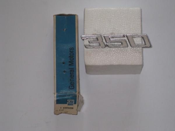 1970 Chevelle NOS RH front fender emblem 350 # 3974226