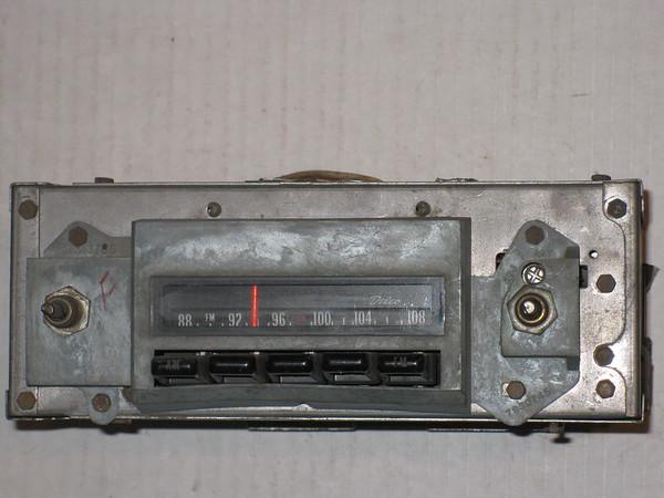1970 71 72 73 74 75 76 77 78 Pontiac Firebird & Trans am AM/FM stereo radio # 02ffm1