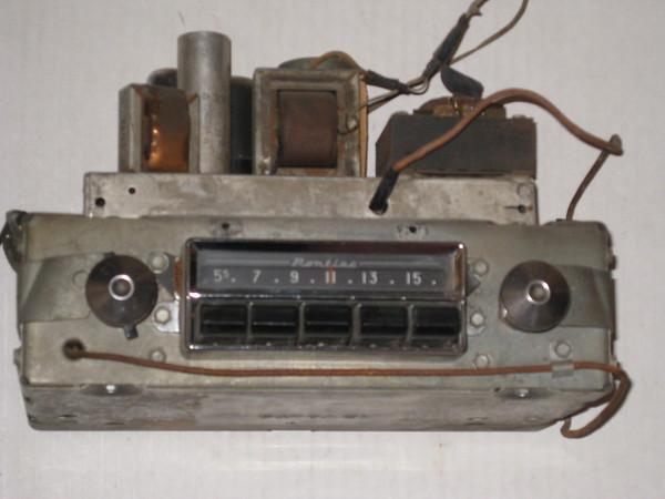 1955 Pontiac used AM radio # 984961