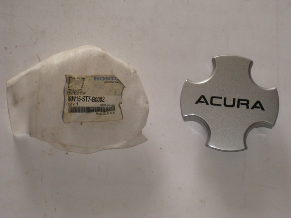 1994 95 96 97 98 1999 Acura integra NOS wheel center cap # 08w15-st7-b0002 (zd 08w15-st7-b0002)