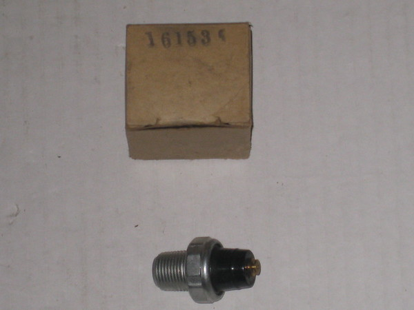 1966 1967 1968 1969 1970 1971 1972 Mopar new replacement  oil pressure switch # 3064105