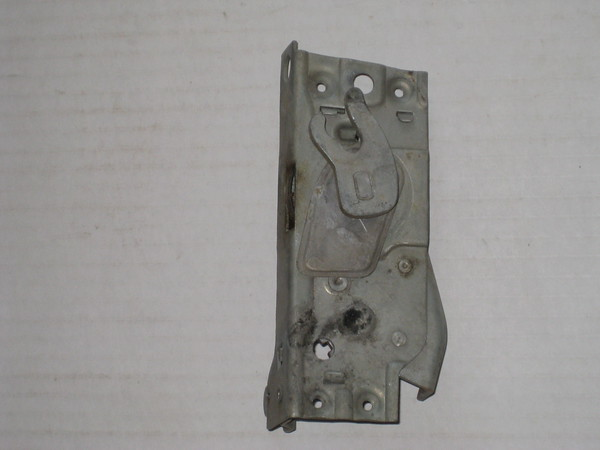 1949 Mercury NOS LH door latch # 8m-1026813 (zd 8m-1026813)