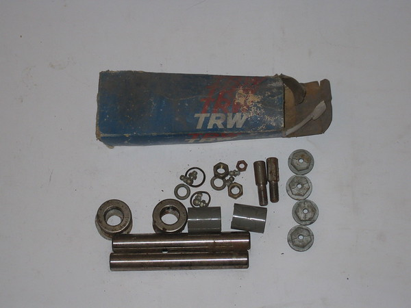 1966 67 68 69 1970 71 72 73 1974 Ford F100 250 truck new front kingpin set # k512d