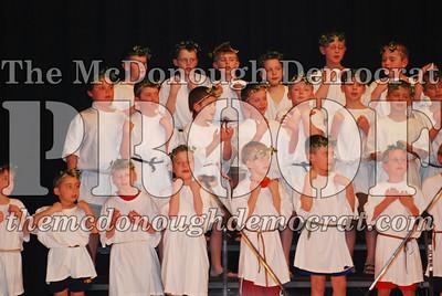 BPC Choral Program 2nd & 3rd grade 03-20-07 031