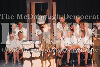 BPC Choral Program 2nd & 3rd grade 03-20-07 020