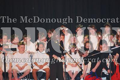 BPC Choral Program 2nd & 3rd grade 03-20-07 034