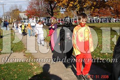 Halloween Parade 10-31-06 006