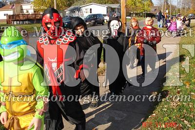 Halloween Parade 10-31-06 004