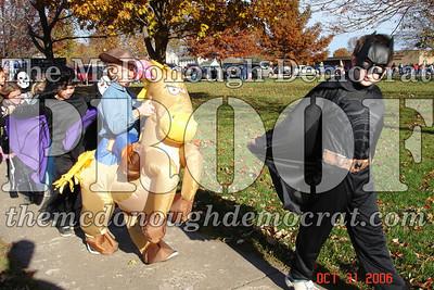 Halloween Parade 10-31-06 009