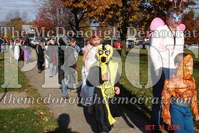Halloween Parade 10-31-06 007