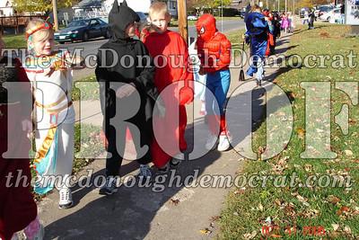 Halloween Parade 10-31-06 003