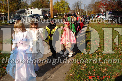 Halloween Parade 10-31-06 002