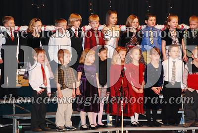 1st Grade Xmas Program 12-17-07 007