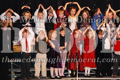 1st Grade Xmas Program 12-17-07 011