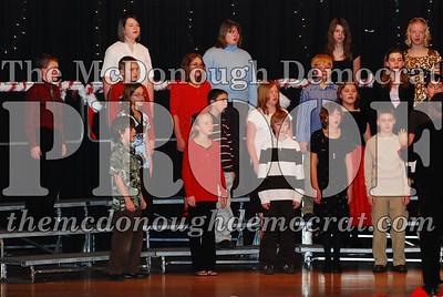BPC 6th Gr Choir Xmas Program 12-16-07 014