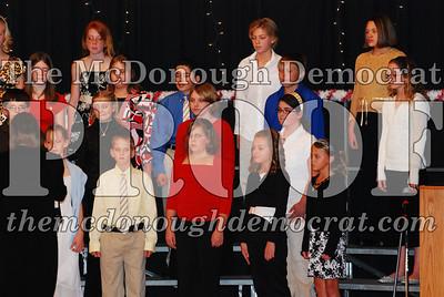 BPC 6th Gr Choir Xmas Program 12-16-07 010