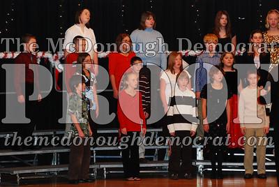 BPC 6th Gr Choir Xmas Program 12-16-07 012