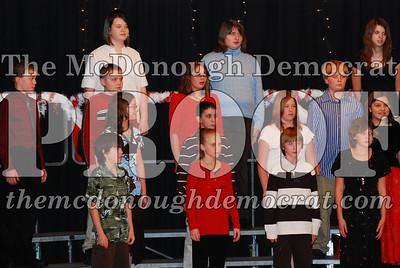 BPC 6th Gr Choir Xmas Program 12-16-07 003