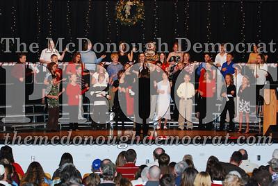 BPC 6th Gr Choir Xmas Program 12-16-07 023