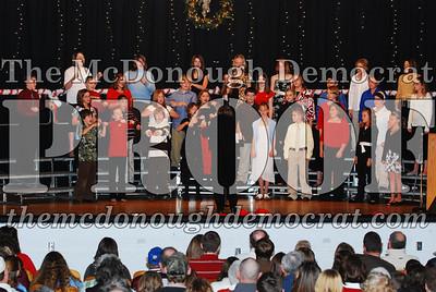 BPC 6th Gr Choir Xmas Program 12-16-07 024