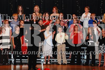 BPC 6th Gr Choir Xmas Program 12-16-07 025