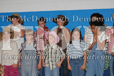 BPC Singing Raiders Perform Country Hoedown 04-25-08 004