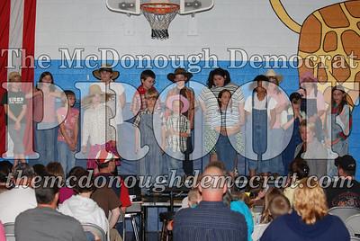 BPC Singing Raiders Perform Country Hoedown 04-25-08 005