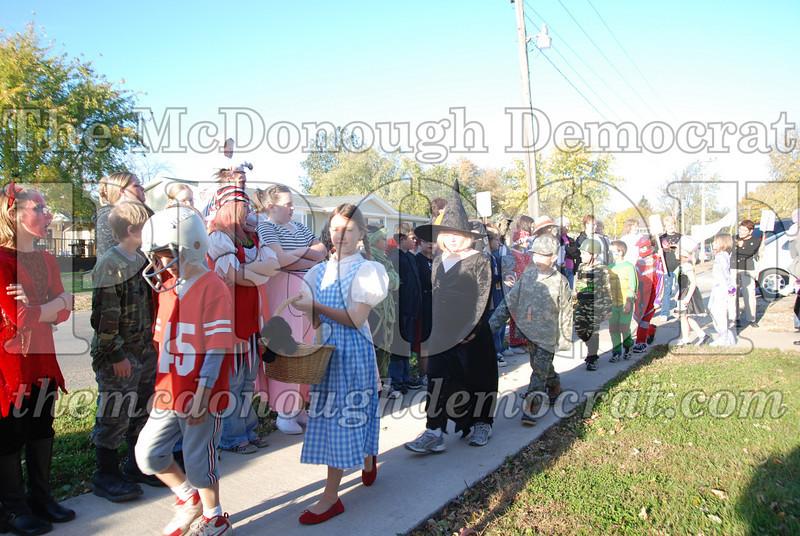 BPC Elem Halloween Parade 10-31-08 032