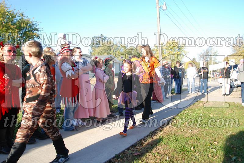 BPC Elem Halloween Parade 10-31-08 041