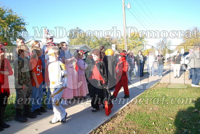 BPC Elem Halloween Parade 10-31-08 035