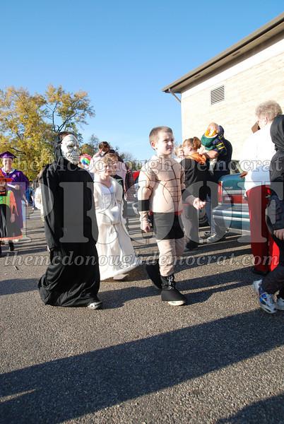 BPC Elem Halloween Parade 10-31-08 084