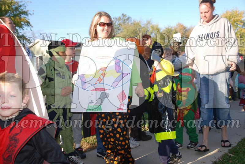 BPC Elem Halloween Parade 10-31-08 074