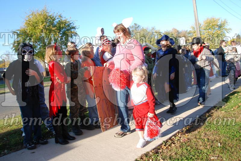 BPC Elem Halloween Parade 10-31-08 042
