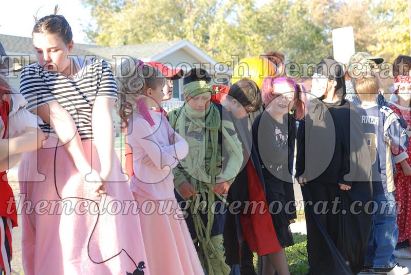 BPC Elem Halloween Parade 10-31-08 023
