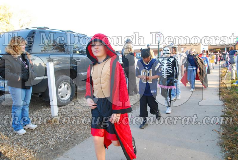 BPC Elem Halloween Parade 10-31-08 010