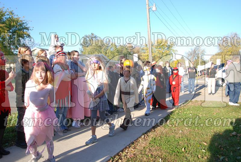 BPC Elem Halloween Parade 10-31-08 034