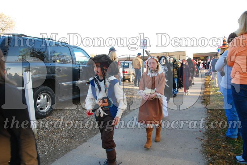 BPC Elem Halloween Parade 10-31-08 006